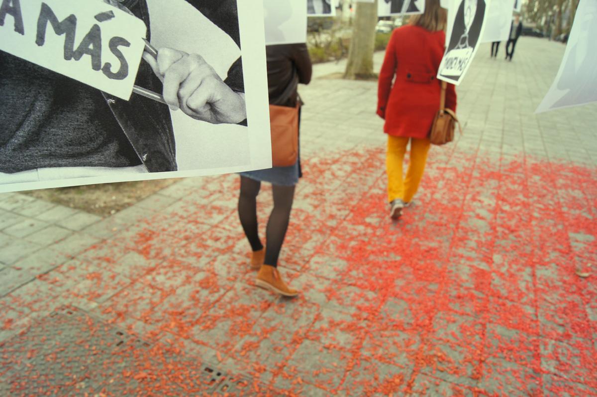 Les cintrés - Osez le féminisme soutient les femmes espagnoles à Tours - La Déviation