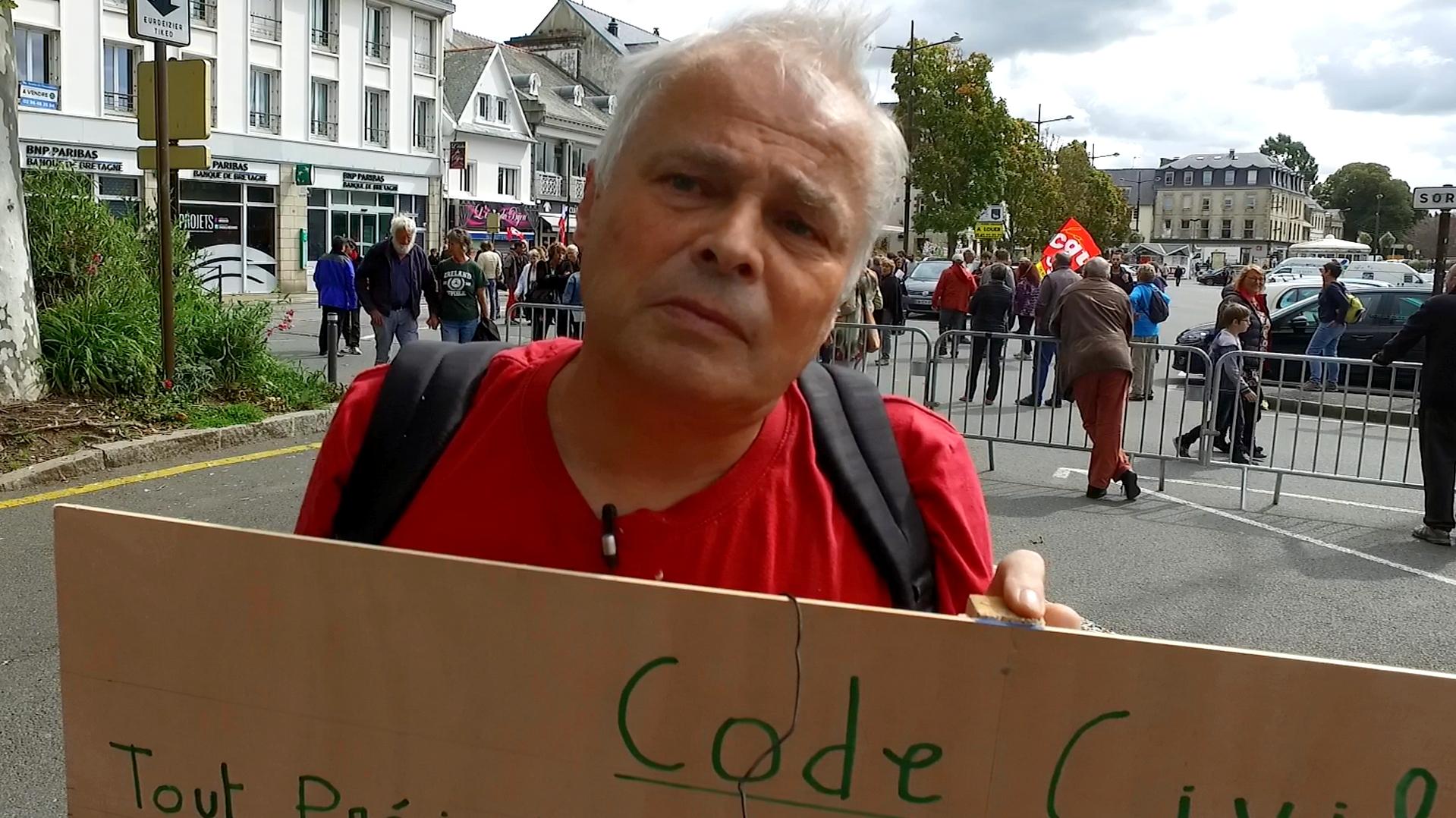 Interview de François Schmetz conseiller prud'homal à Lannion contre les ordonnances Macron - La Déviation